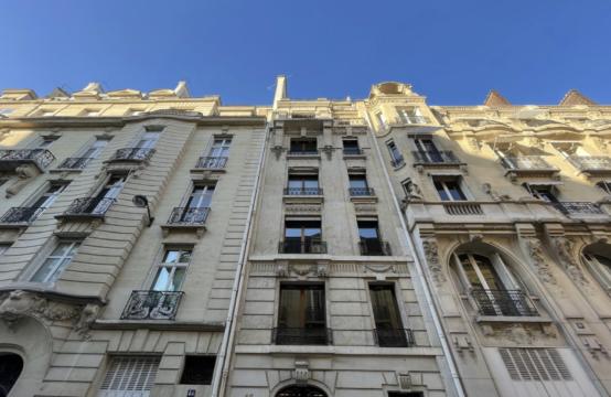 Bureaux à Louer Paris 16 non divisibles