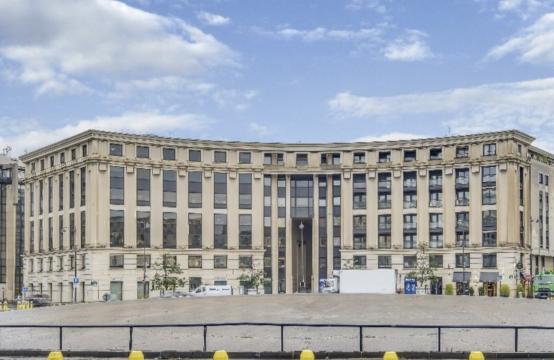 Bureaux à Louer Paris 15 non divisibles