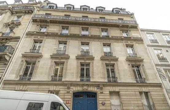 Bureaux à Louer Paris 10 non divisibles